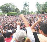 Presionan a México migrantes y trump