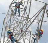 Incentivarán competencia económica con homologación en precios de gasolina y luz