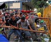 Envían barreras; sitian la frontera