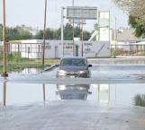 No logran contener aguas negras que afectan Libramiento Echeverría