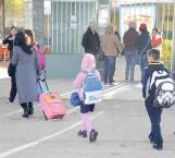 Por bajas temperaturas dejan a decisión de padres llevar a sus hijos a centros escolares