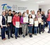 Reciben actas de doble nacionalidad niños mexico-americanos