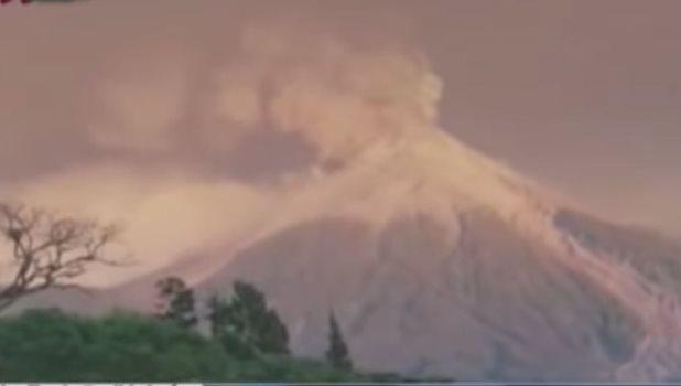Pobladores son evacuados por actividad en el Volcán de Fuego