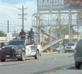 A plena luz del día asaltan a un comerciante en estacionamiento