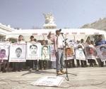 Padres de los 43 irán a Matamoros