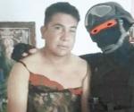 'El Marino Loko': captura a narcos y los viste de mujer