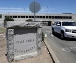 Reportan dos presos heridos durante pelea en cárcel