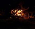 Incendio en colegio de Tailandia; mueren 17 alumnas