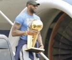 Inicia agencia de NBA con Lebron y Durant