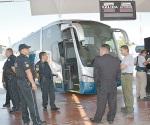 Viajarán federales en autobús para cuidar a pasajeros