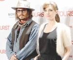 Encuentra consuelo en Johnny Depp