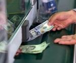 Dólar cotiza en $19.93 tras debate en EU