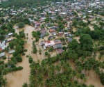 Veracruz atiende zona de desastre con recursos federales