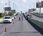Arreglan puente pero entorpecen vialidad