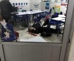 Ataca menor a balazos a compañero y a su maestra en Colegio de Monterrey