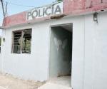 Abandonan estaciones de policía