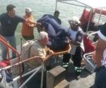 Quemados tres trabajadores en barco en reparación