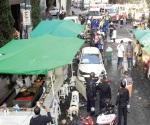 Arrolla auto a 7 personas en un tianguis de CdMx