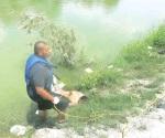 Encuentran a hombre flotando