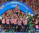Duodécimo título de Chivas y crisis del arbitraje, deja la final