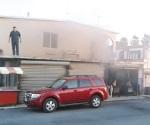 Movilizan a PCYB por incendio en vivienda