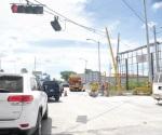 Automatiza gobierno municipal semáforos de principales cruceros