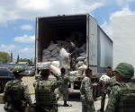 Hallan tres toneladas de droga dentro de camión en la carretera Ribereña