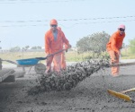 Dona Pemex 4 mil toneladas de asfalto al ayuntamiento