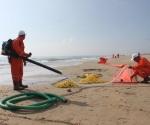Simula SEMAR derrame de hidrocarburos en el mar