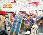 Aprovechan los consumidores fallas humanas
