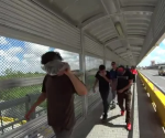 Fueron detenidos por Migración de EU por carecer de documentos