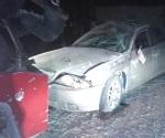 Vuelca vehículo; hay 3 lesionados