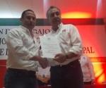Gustavo Rico de Saro gana elección interna del  Pri para presidente del Comité Municipal