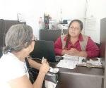 Piden a abuelitos que actualicen sus datos