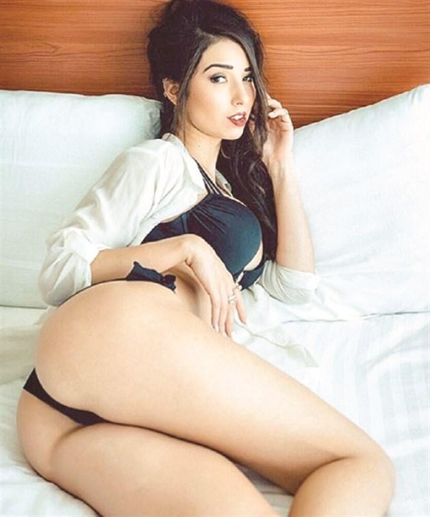 Se Desnuda Para Revista La Tarde