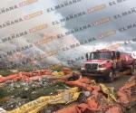 Controlan incendio en relleno sanitario