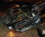 Muere joven en volcadura, en carretera a Río Bravo