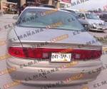 Autoridades aseguran 3 vehículos