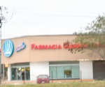 Asaltan sujetos armados Farmacia Guadalajara