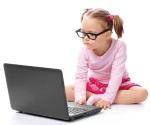 Dan terapias grupales e individuales a menores adictos a internet