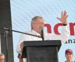'Menos balas' y 'seguridad' piden a López Obrador
