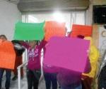 Protestan en la Comapa por fuga de aguas negras
