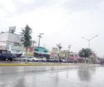 Copiosas lluvias paralizan comercio