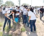 Celebrarán Día Mundial de la Tierra informando
