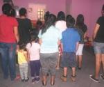 Urgen enjuiciar al que cruce ilegal con hijos
