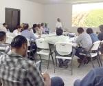 Imparten un curso taller sobre plagas
