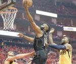 Rockets gana 1ro de serie ante Jazz