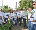 Entregan información en el Día del Medio Ambiente