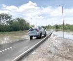 Sin advertencia boulevard oriente que está inundado