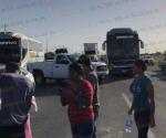 Cumplen colonos amenaza: Bloquean carretera por crisis de agua
